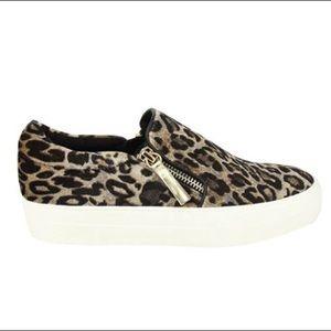 Not Rated Timothy Velvet Leopard Fashion Sneaker